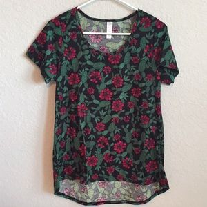 LuLaRoe Cactus Desert Flower Short Sleeve Shirt
